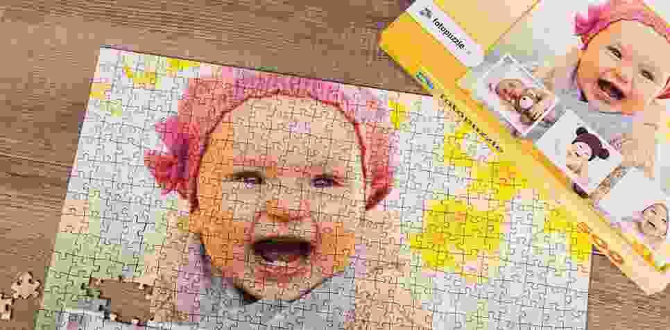 Teaser Fotopuzzle-Collage mit eigenem Hintergrund