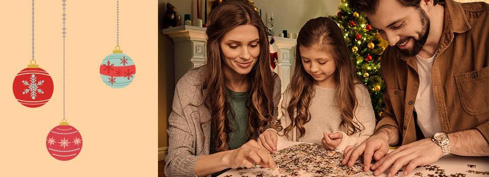 Fotopuzzle für den Weihnachtsabend? Oder doch gemeinsam singen? – eine kleine Umfrage mit Augenzwinkern…