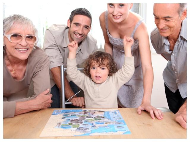 Puzzeln mit Kindern